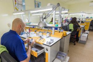 Imagine din Laboratorul de tehnica dentara Tonylab din Cluj-Napoca